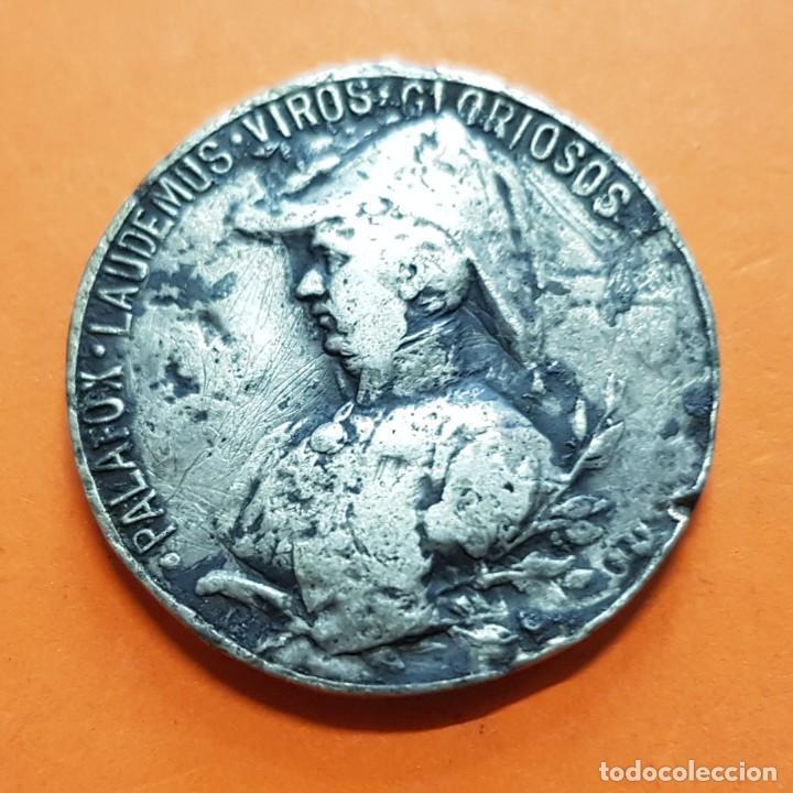 1808 1908 MEDALLA DEL SITIO DE ZARAGOZA GENERAL PALAFOX PLATA GUERRA DE LA INDEPENDENCIA 3CM 12,60GR (Militar - Medallas Españolas Originales )