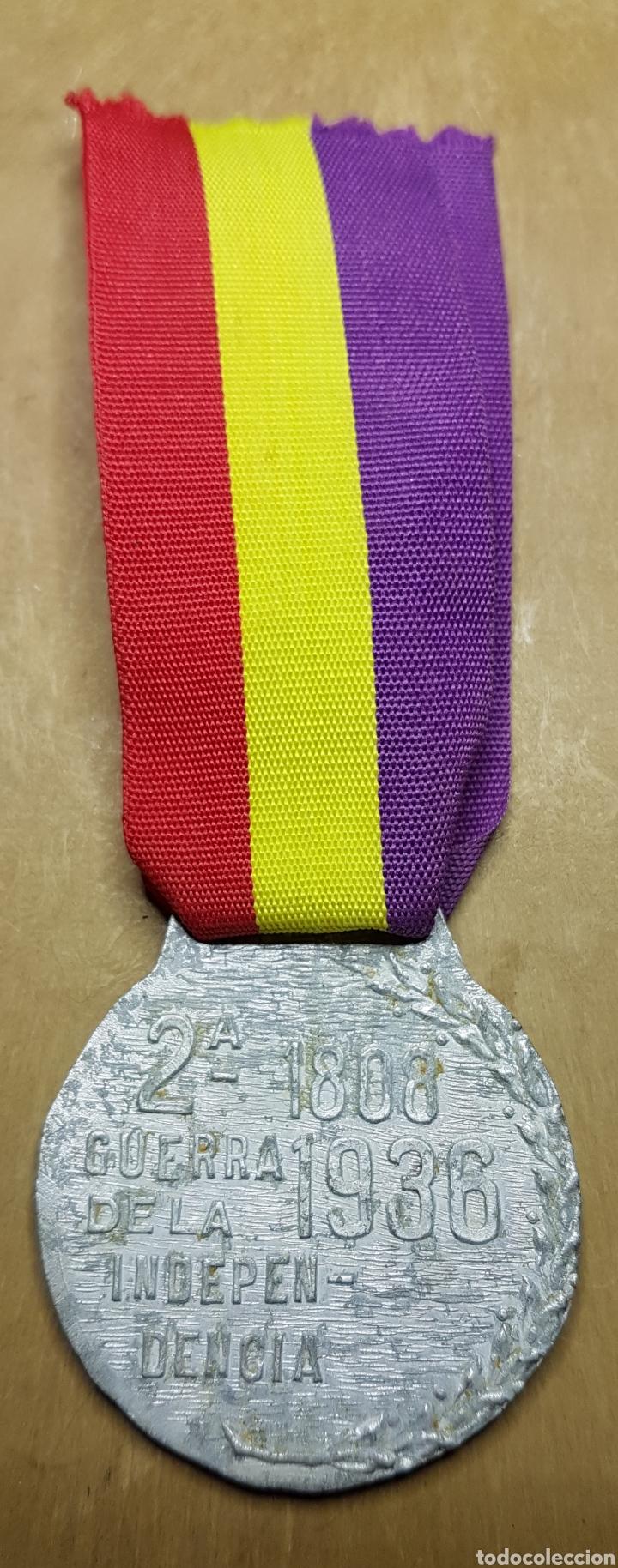 Militaria: Medalla 2 guerra independencia guerra civil republica - Foto 2 - 162809065