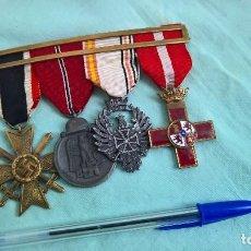 Militaria: DIVISION AZUL..PASADOR CON 4 MEDALLAS FRENTE DEL ESTE.. Lote 163011266