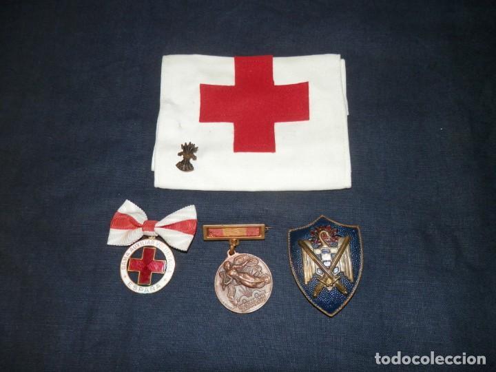 LOTE MEDALLAS , INSIGNIAS, CONDECORACIONES, ESPAÑA, EPOCA FRANCO, ORIGINALES (Militar - Medallas Españolas Originales )