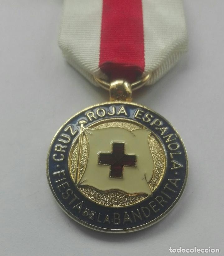 Militaria: Medalla de la Cruz Roja - Foto 2 - 164637890