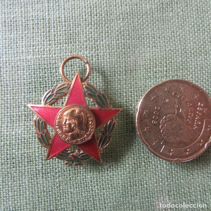 Militaria: Medalla republica guerra civil española madrid - Foto 2 - 164816206