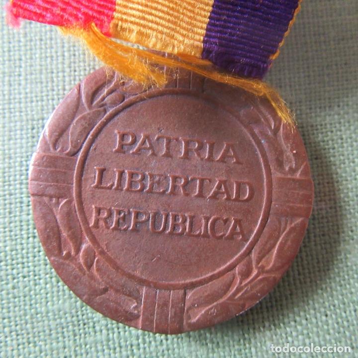 Militaria: medalla republica española guerra civil, exilio - Foto 3 - 164816250