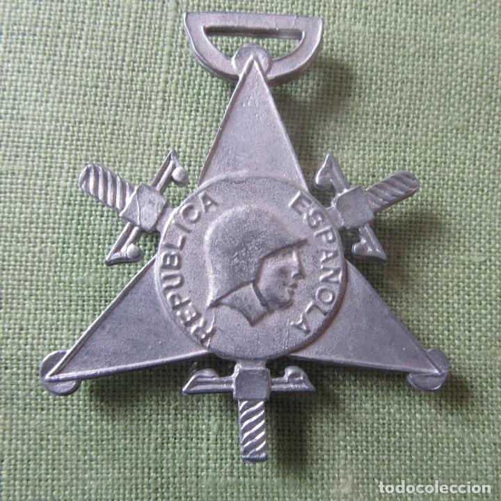 MEDALLA GUERRA CIVIL REPUBLICA BRIGADAS INTERNACIONALES (Militar - Medallas Españolas Originales )