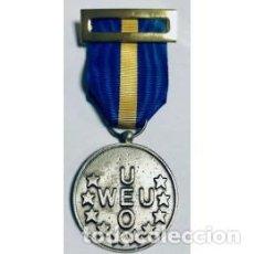 Militaria: MEDALLA DE LA UEO CON ESTUCHE. Lote 165084986