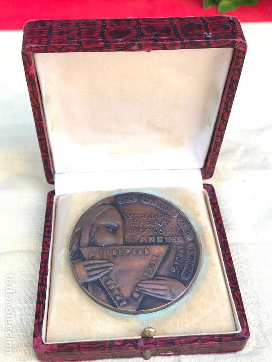 Militaria: Medalla Centro republicano radical socialista 1933 - 2ª republica - anterior guerra civil Burjasot - Foto 2 - 166289742