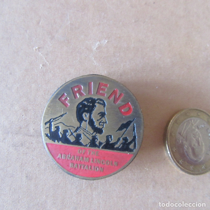 MEDALLA INSIGNIA BRIGADAS INTERNACIONALES GUERRA CIVIL ESPAÑOLA REPRODUCCION (Militar - Reproducciones y Réplicas de Medallas )