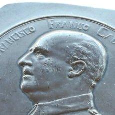 Militaria: MOLDE MEDALLA GENERAL FRANCISCO FRANCO,AÑO 1939,CON LAUREADA DE SAN FERNANDO,GUERRA CIVIL ESPAÑOLA. Lote 167959904