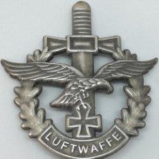 Militaria: RÉPLICA PLACA AVIACIÓN LUFTWAFFE. ÁGUILA, ESPADA Y CRUZ DE HIERRO. ALEMANIA. 2ª GUERRA MUNDIAL. 1939. Lote 168998544