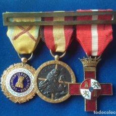 Militaria: PASADOR CON 3 MEDALLAS DE LA GUERRA CIVIL - MERITO MILITAR ROJO + SUFRIMIENTO + CAMPAÑA. Lote 169453904