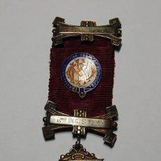 Militaria: MEDALLA MASONICA DE PLATA MACIZA DE INGLATERRA.MENCIONES EN 1942,1945 Y ENSALZADO EN 1951.. Lote 133159926