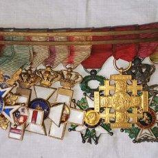 Militaria: PASADOR MEDALLAS. ORDEN CARLOS III, CRUZ JERUSALÉN, ORDEN DE LEOPOLDO Y OTRAS. ESPAÑA. PRINC. S. XX. Lote 171603772