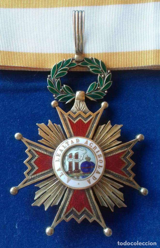 ENCOMIENDA ORDEN ISABEL LA CATOLICA - EPOCA DE FRANCO (Militar - Medallas Españolas Originales )
