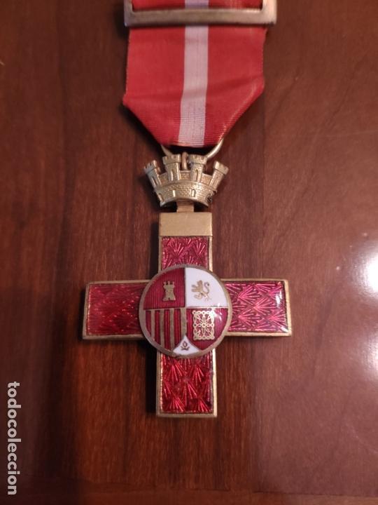 MEDALLA CRUZ AL MÉRITO REPÚBLICA ESPAÑOLA (Militar - Medallas Españolas Originales )