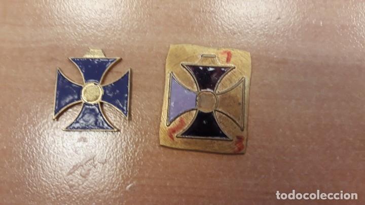 DOS RECORTES MEDALLA (Militar - Medallas Españolas Originales )