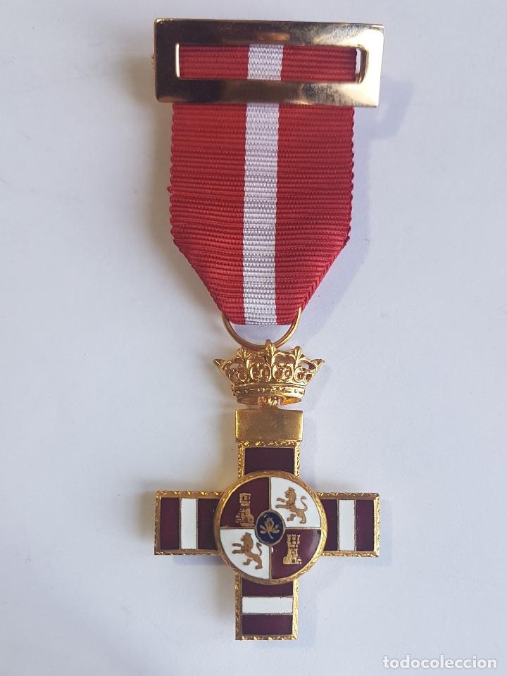 ORDEN DEL MERITO MILITAR. DIST.ROJO PENSIONADA PG-180 (Militar - Medallas Españolas Originales )