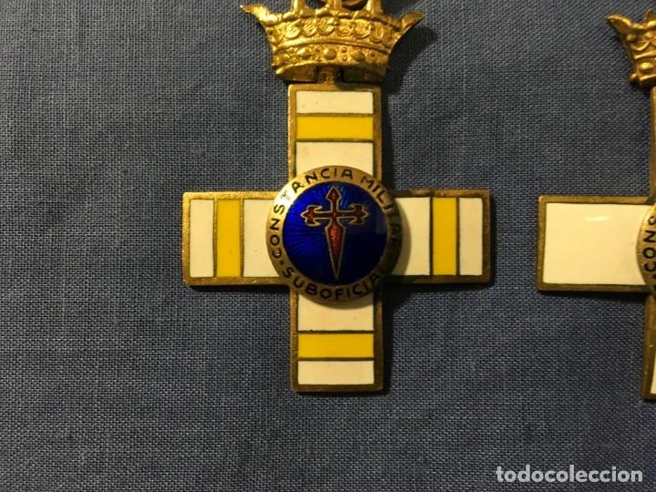 Militaria: 2 MEDALLAS a la constancia militar ( 1 pensionable con distintivo BLANCO y AMARILLO ) - Foto 2 - 173597349