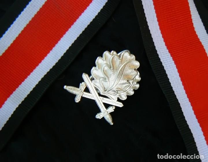 Militaria: Hojas de roble y espadas en plata con cinta.para la cruz de hierro. tercer reich - Foto 6 - 174024593