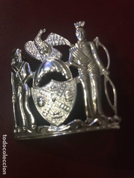 INSIGNIA MILITAR (Militar - Reproducciones y Réplicas de Medallas )