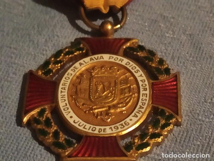 MEDALLA VOLUNTARIOS DE ÁLAVA (Militar - Medallas Españolas Originales )