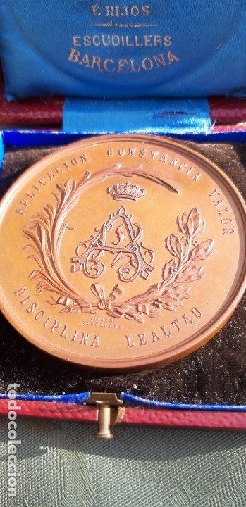 Militaria: Antigüa medalla Alfonso XII conmemorativa al ejército del norte, original de 1878 - Foto 5 - 176622193