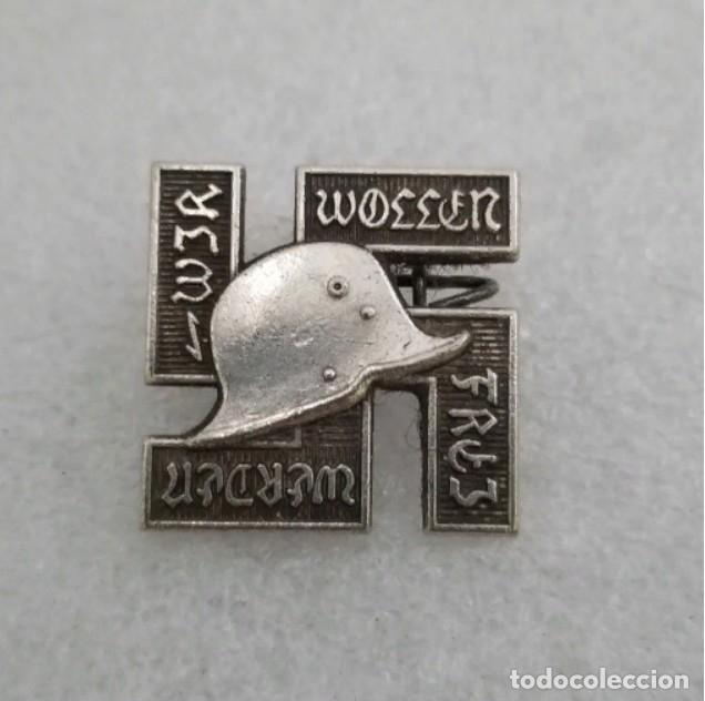 INSIGNIA-PIN WAFFEN SS . TERCER REICH (Militar - Reproducciones y Réplicas de Medallas )