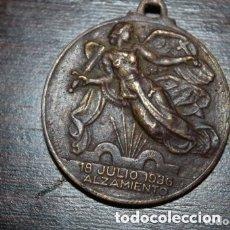 Militaria: ANTIGUA MEDALLA ALZAMIENTO 18 JULIO 1936- AÑO DE LA VICTORIA - 1 ABRIL 1939 -. Lote 177209105