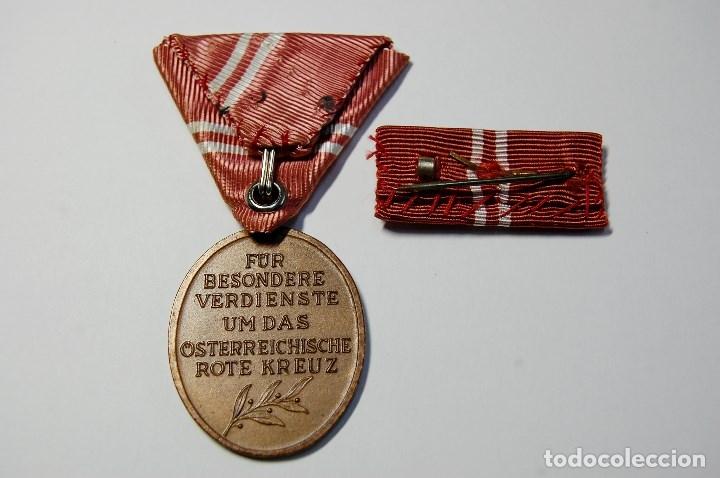Militaria: MEDALLA,BARRITA Y ALFILER AL MERITO DE LA CRUZ ROJA DE AUSTRIA CATEGORIA BRONCE.CAJITA ORIGINAL - Foto 7 - 177574405