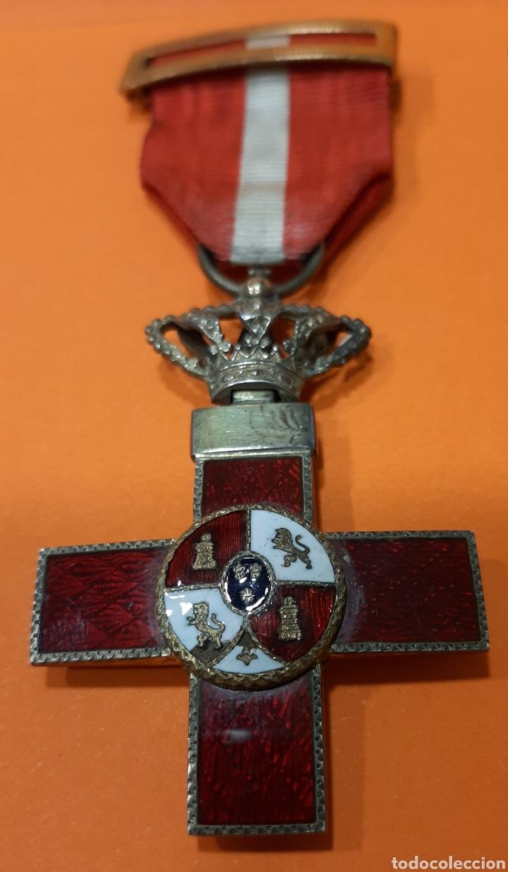 CRUZ DE LA ORDEN DEL MERITO MILITAR CON DISTINTIVO ROJO. ÉPOCA ALFONSO XIII. (Militar - Medallas Españolas Originales )