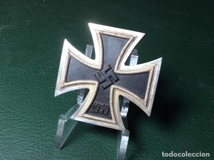 CRUZ DE HIERRO DE PRIMERA CLASE - IMANTADA (Militar - Medallas Extranjeras Originales)
