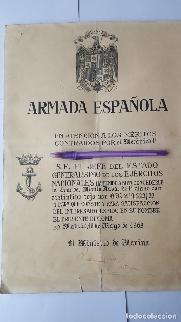 CONCESIÓN CRUZ MÉRITO NAVAL DISTINTIVO ROJO ÉPOCA DE FRANCO (Militar - Medallas Españolas Originales )