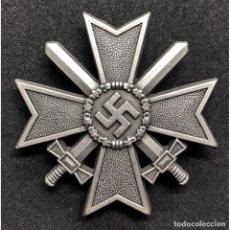 Militaria: CRUZ AL MERITO MILITAR PRIMERA CLASE CON ESPADAS. Lote 212949802