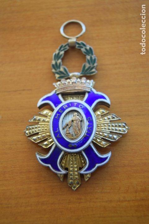 MEDALLA AL MERITO CIVIL (Militar - Medallas Españolas Originales )