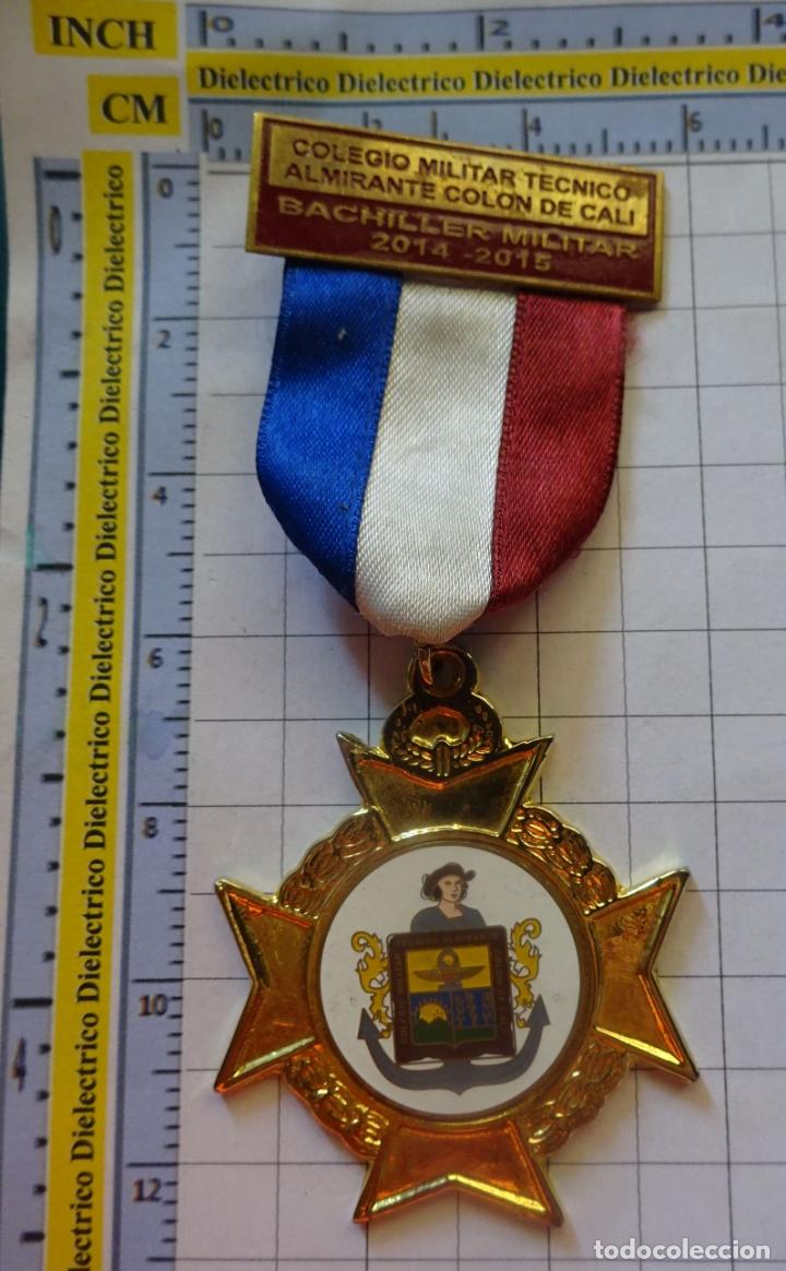MEDALLA MILITAR. COLEGIO MILITAR ALMIRANTE COLÓN DE CALI 2014 2015. COLOMBIA. (Militar - Medallas Extranjeras Originales)