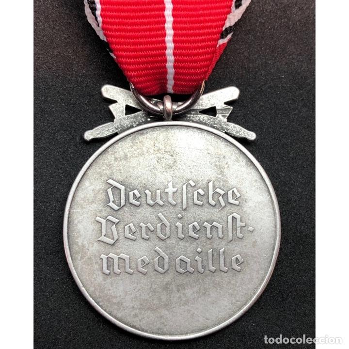 Militaria: MEDALLA AL MERITO DE LA ORDEN DEL AGUILA CON ESPADAS - Foto 2 - 179013001
