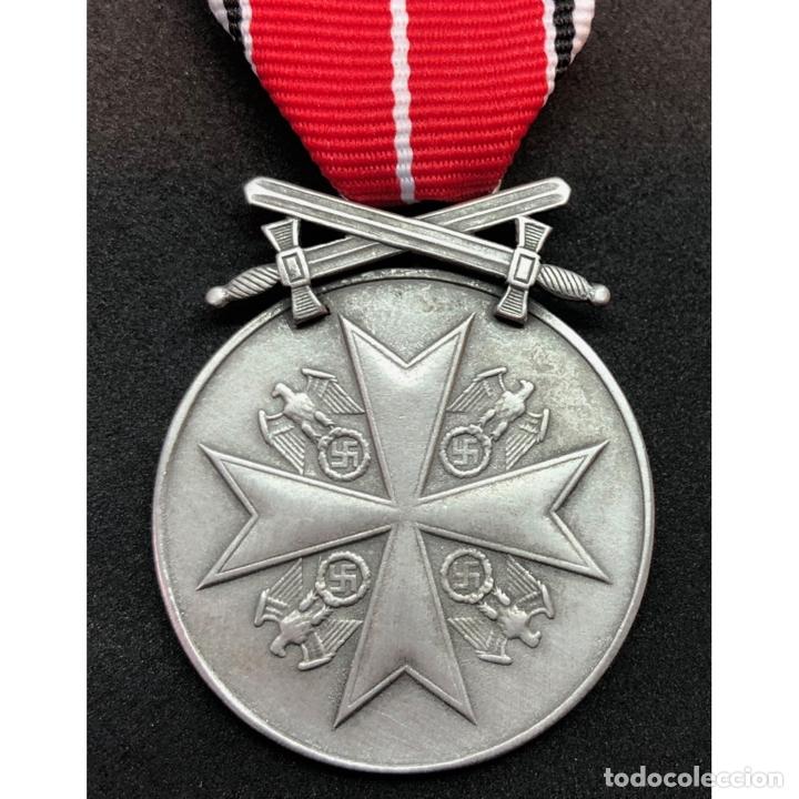 MEDALLA AL MERITO DE LA ORDEN DEL AGUILA CON ESPADAS (Militar - Reproducciones y Réplicas de Medallas )