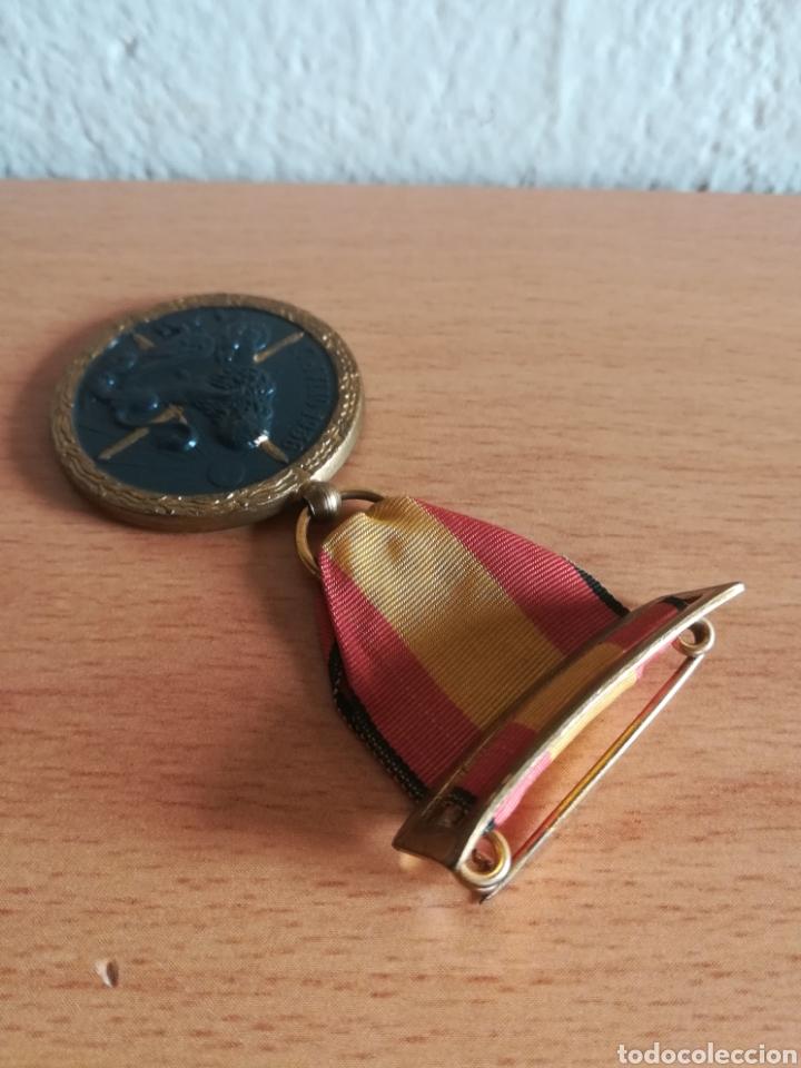 Militaria: Medalla 17 julio 1936 - Arriba España - Foto 9 - 179028351