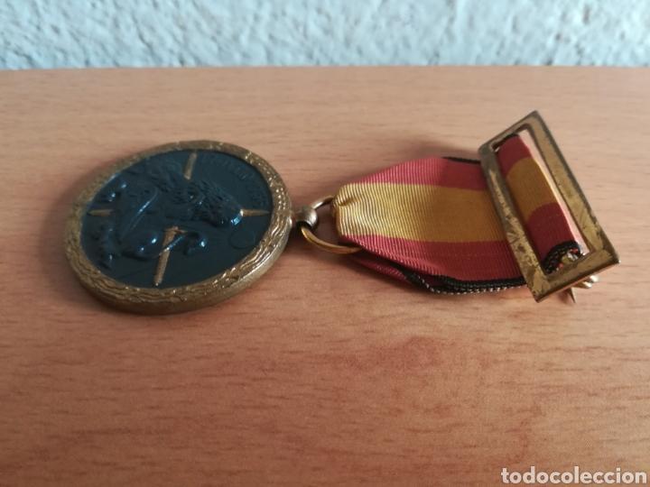 Militaria: Medalla 17 julio 1936 - Arriba España - Foto 10 - 179028351