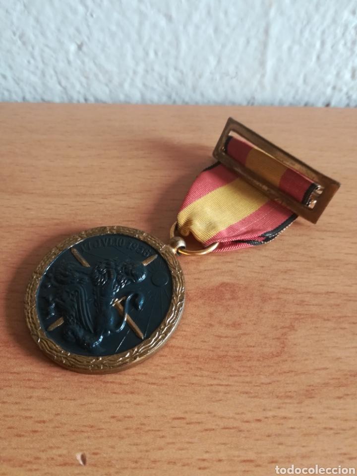 Militaria: Medalla 17 julio 1936 - Arriba España - Foto 11 - 179028351