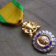 Militaria: BELLA MEDALLA FRANCESA AL VALOR Y LA DISCIPLINA.. Lote 179108195