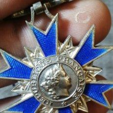 Militaria: FRANCIA - CRUZ DE COMENDADOR DE LA ORDRE NATIONAL DU MÉRITE. 1963. RINCÓN DE ARELLANO ? PLATA?. Lote 179209428