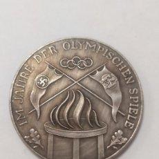Militaria: COPIA - MONEDA MEDALLA ALEMANIA OLIMPIADAS NAZI MILITAR REICH HITLER 1936 - MIDE 40 MM DIAMETRO. Lote 179245215