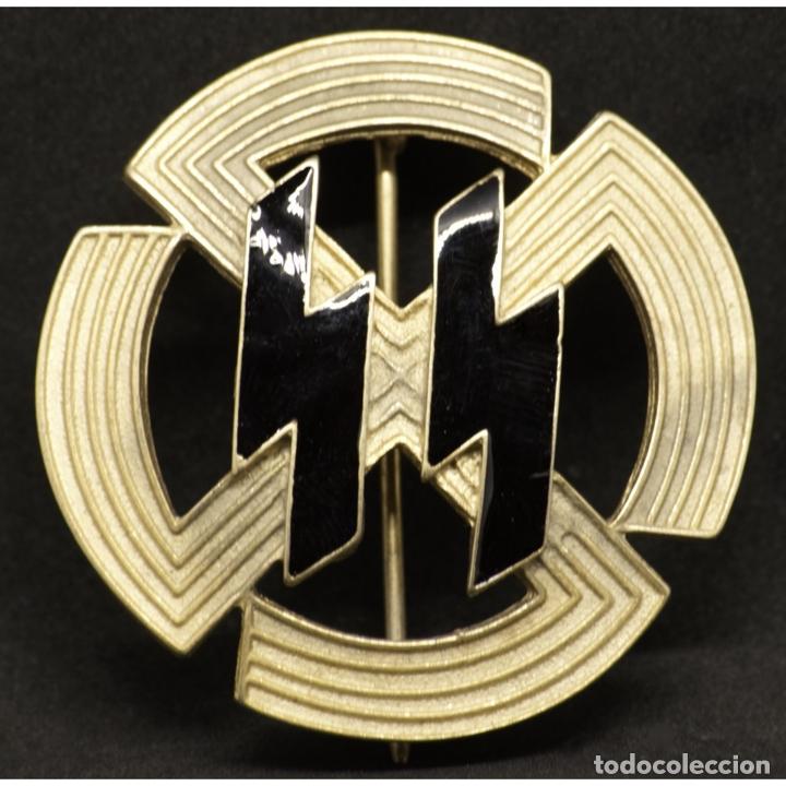 DISTINTIVO RUNAS GERMANICAS DE LAS SS ALEMANIA NAZI TERCER REICH SCHUTZSTAFFEL M1/25 (Militar - Reproducciones y Réplicas de Medallas )