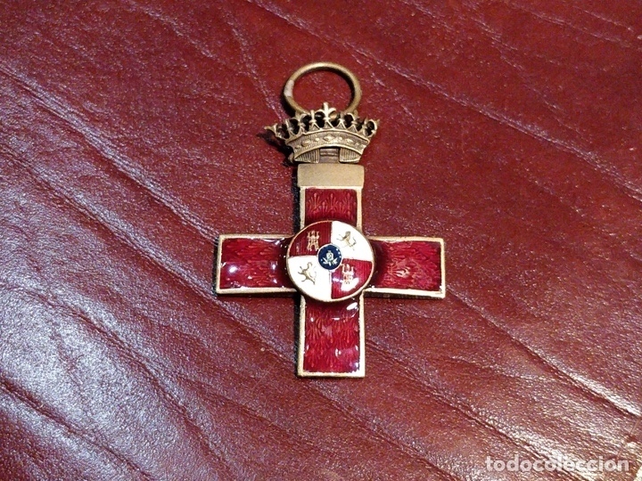 Militaria: Reproducción medalla cruz del mérito militar distintivo rojo - 3.3 x 6cm - Foto 2 - 222677670
