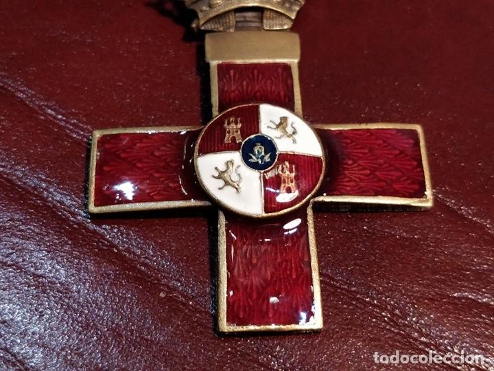 Militaria: Reproducción medalla cruz del mérito militar distintivo rojo - 3.3 x 6cm - Foto 3 - 222677670