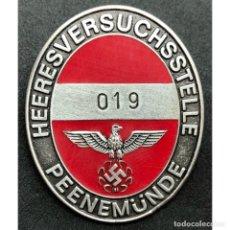 Militaria: INSIGNIA DE TRABAJADOR CENTRO DE INVESTIGACION PEENEMÜNDE ALEMANIA PARTIDO NAZI TERCER REICH. Lote 189949405