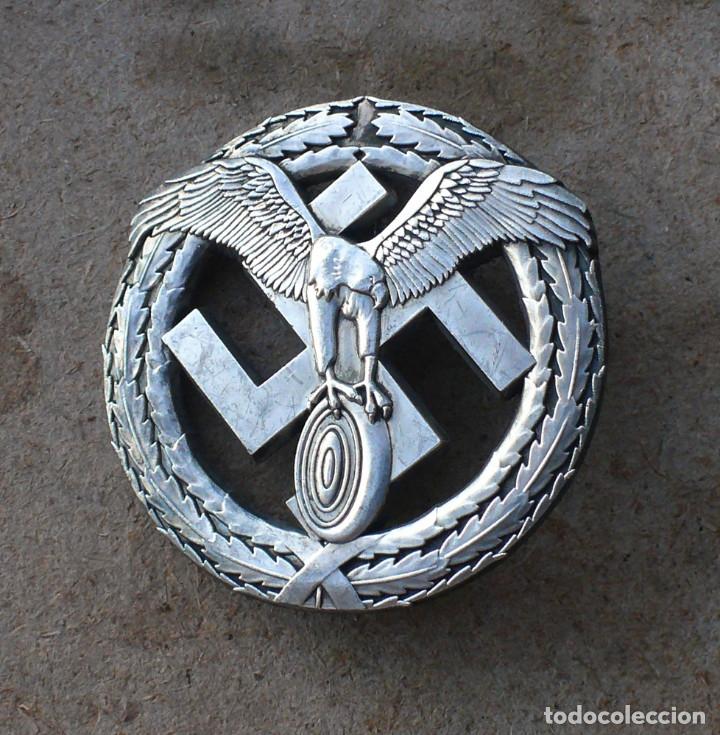 INSIGNIA MOTORSPORT. PLATA .TERCER REICH. NAZI (Militar - Reproducciones y Réplicas de Medallas )