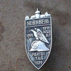 Militaria: NURNBERG. TERCER REICH.INSIGNIA DE MIEMBRO DEL PARTIDO. Lote 238813045
