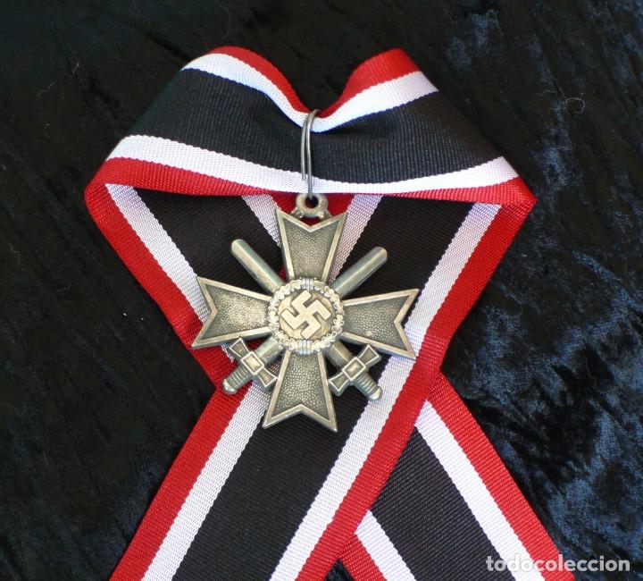 Militaria: Cruz de Caballero al Mérito con Espadas. Ritterkreuz des Kriegsverdienstkreuz. - Foto 2 - 182276143