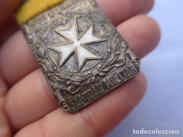 Militaria: * Antigua medalla de damas auxiliares de guerra civil, sanidad militar, original. ZX - Foto 4 - 182329970